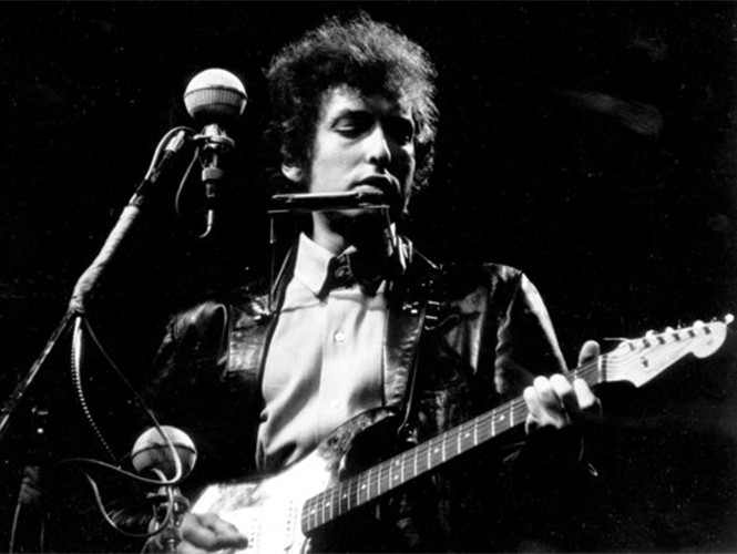 Knockin' on (traditional?) Heaven's Doors y la moda de criticar a Bob Dylan